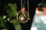 Zaklęcia z Harry'ego Pottera - co naprawdę znaczą? 10 czarów, których nie możesz nie znać