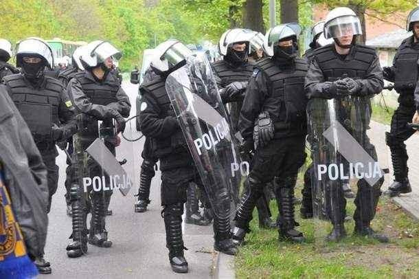 Praca policjantów ograniczyła się na szczęście tylko do eskortowania gorzowskich kibiców do i ze stadionu przy Wrocławskiej.
