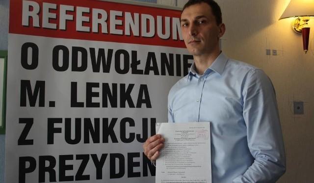 Pełnomocnikiem inicjatywy referendalnej w Raciborzu jest Dariusz Ronin