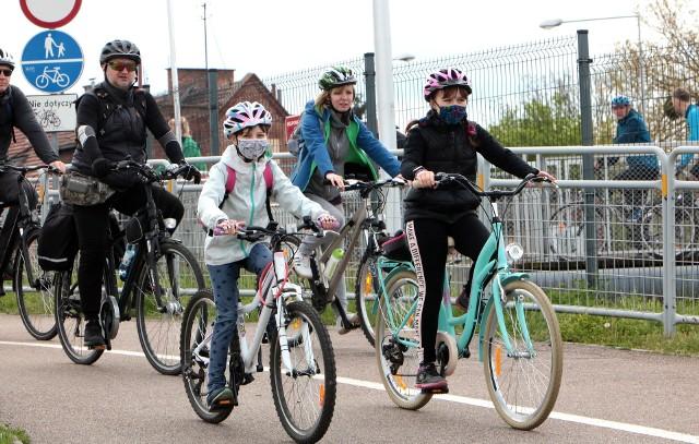 W niedzielę (23 maja) w marinie Grudziądz, zebrało się 120 rowerzystów, aby wziąć udział w pierwszym w tym roku miejskim rajdzie rowerowym.