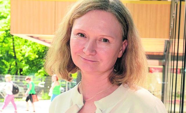 """Główną autorką rządowego podręcznika dla pierwszoklasistów jest Maria Lorek, współzałożycielka fundacji """"Elementarz"""""""