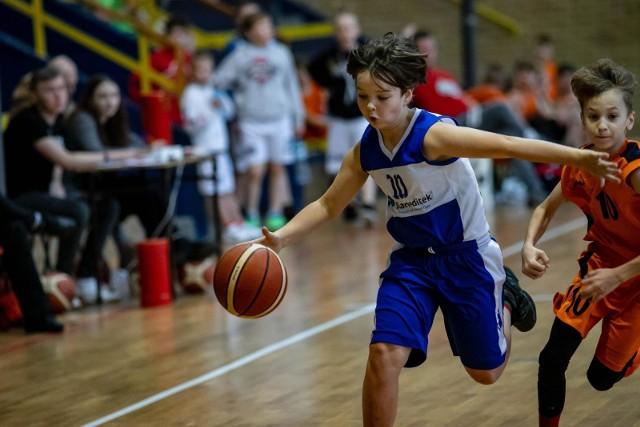 Podopieczni trenera Zbigniewa Zajko z MKS 18 Batory zajęli 6. miejsce w turnieju Batory Basket Cup