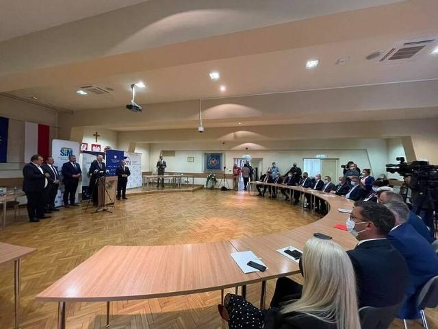 Do podpisania umowy o powołaniu spółki SIM Małopolska doszło w Brzesku