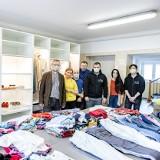 Szafy pełne ubrań trafiły do potrzebujących kobiet w Łodzi
