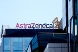 Sondaż: Co trzeci Polak zaszczepiłby się szczepionką AstraZeneca poza kolejnością