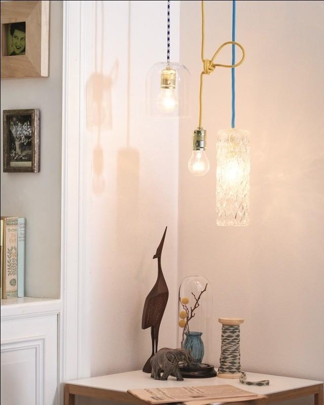 DIY - jak zrobić lampę ze starych butelek i wazonów?DIY - jak zrobić lampę ze starych butelek i wazonów?