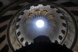 Wielka Sobota w Cerkwi prawosławnej. Wierni święcą pokarmy i odwiedzają Grób Pański