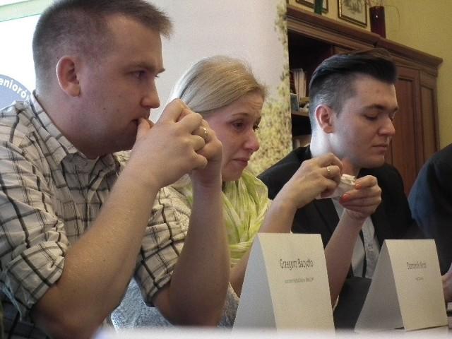 Na czwartkowej konferencji pojawili się m.in. Dominik Król i Ewa Woltyńska, rodziny osób chorych na białaczkę.