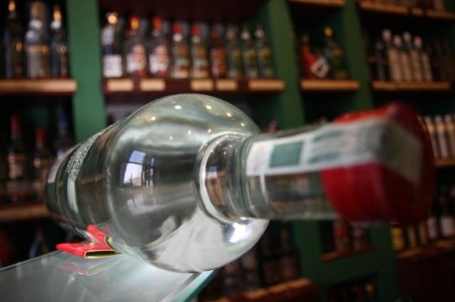 Opinie na temat nocnej prohibicji w Suwałkach są podzielone.