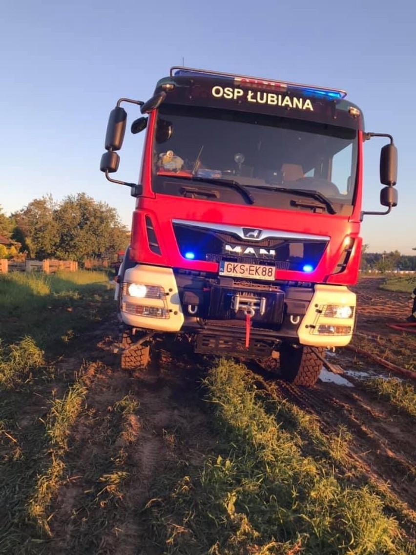 Pożar w Leżuchowie w gm. Dziemiany 9.06.2021. Spłonęły zabudowania gospodarcze [ZDJĘCIA]