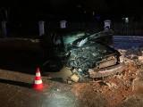 Wypadek w gminie Wielka Wieś. Samochód rozbił się o drzewo