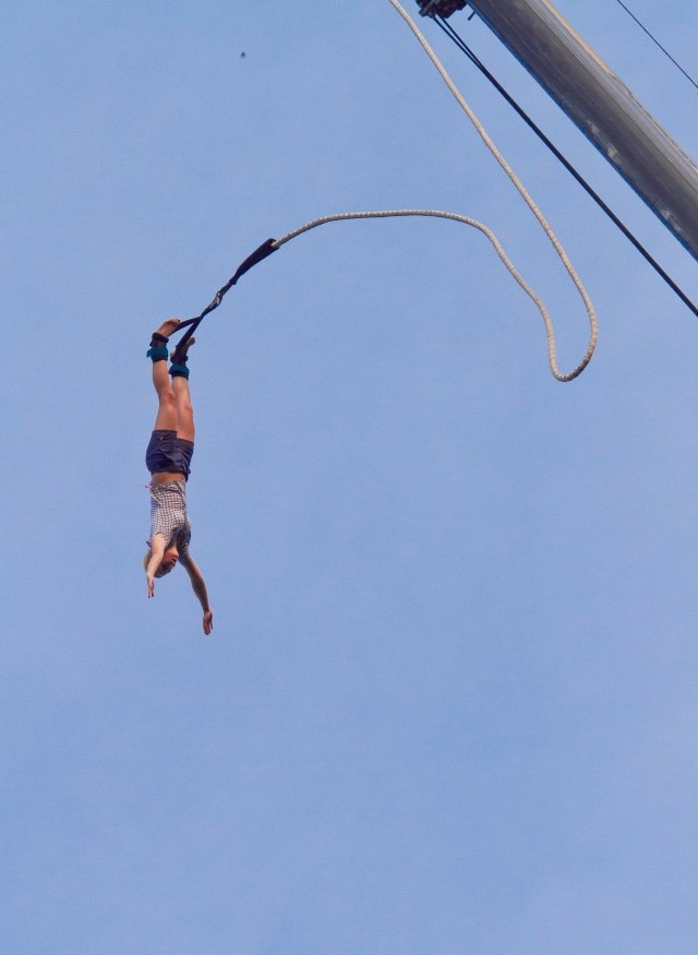 Nad Jeziorem Maltańskim będzie można skakać na bungee. Kiedy? Sprawdziliśmy