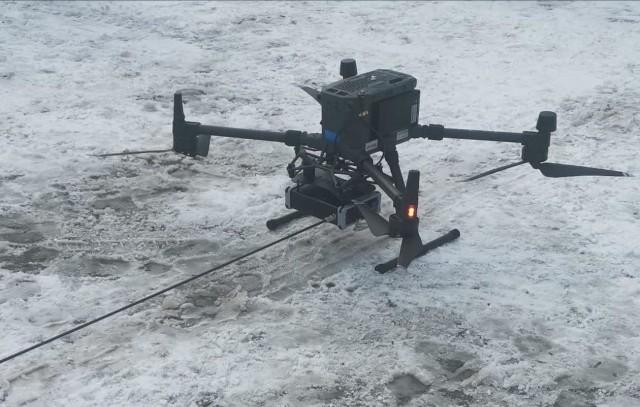 Powiat kupi drona wyposażonego m.in. w czujniki i kamery do badań spalin wydobywających się z kominów. Przy jego pomocy będzie można też kontrolowali nasadzenia lasów po nawałnicy z 2017 roku