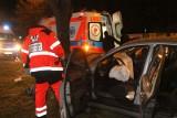Zmarła pasażerka samochodu, który uderzył w drzewo w Wypaleniskach