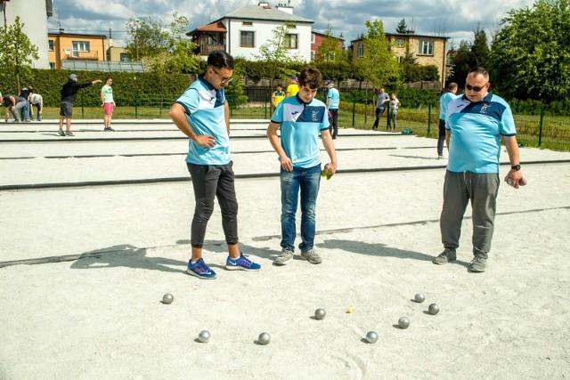 Turniej w petankę rozegrany został na bulodromach Parku Miejskiego przy ul. Fredry w Białymstoku