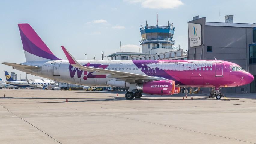 Od 1 lipca w samolotach nie będzie limitu pasażerów. Dotyczy to lotów regularnych i czarterowych