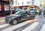 Zakopane: Poranny wypadek przy Krupówkach. Jeden z samochodów wjechał w sklep [ZDJĘCIA]