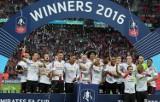 Słodki koniec kiepskiego sezonu. Manchester United z Pucharem Anglii! [ZDJĘCIA]