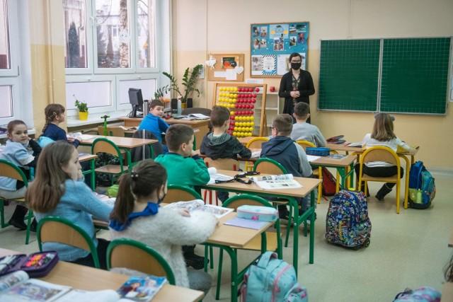 W 2021 roku nie będzie podwyżek dla nauczycieli.