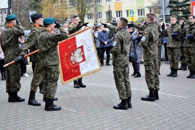 Uroczystość złożenia przysięgi wojskowej w ZSP nr 5 w Kożuchowie