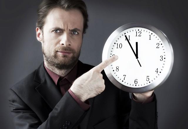 Długość życia nie jest czymś, co jest nam dane z góry. Na to, jak długo przyjdzie nam być, pracujemy dosłownie każdego dnia. Dlatego warto wiedzieć, co skraca nam życie – i móc wprowadzić odpowiednie zmiany.