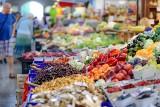 Uwaga na błędne informacje o pochodzeniu warzyw i owoców. W tych sklepach błędów wykryto najwięcej
