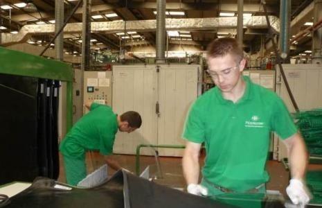 Centrum usług przy sandomierskim Pilkingtonie już działa. Praca czeka na 60 osób  W centrum usług w Pilkingtonie pracę znajdzie około 60 osób.