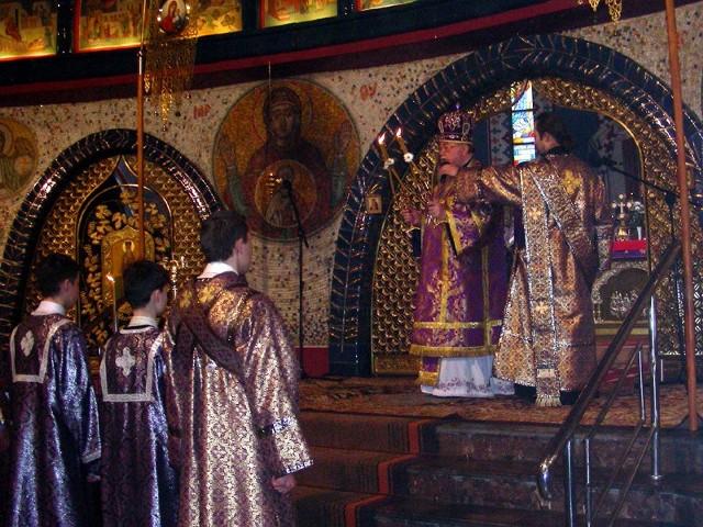 Uroczystościom w hajnowskim soborze Świętej Trójcy przewodniczył metropolita Sawa