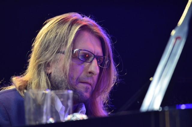 Jeden z najbardziej rozpoznawalnych polskich muzyków jazzowych, pianista Leszek Możdżer, wystąpi podczas Letniej Akademii Jazzu ze swoim solowym projektem