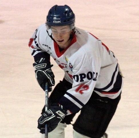 Dariusz Olejnik był wyróżniającym się zawodnikiem dwumeczu.
