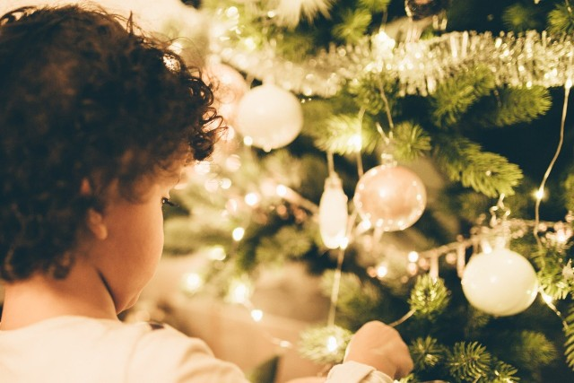 Dzieci na pewno ucieszą serdeczne gesty ze strony internautów takie jak filmiki z życzeniami, kartki od internautów.