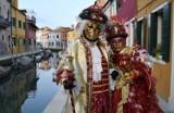 Karnawałowe szaleństwo w Wenecji oczami fotografa Bogdana Myśliwca z Tarnobrzega. Niezwykłe zdjęcia na wystawie w bibliotece