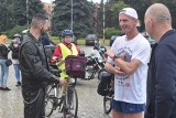 Sławek Tarczewski dotarł do Dąbia. Biegł z Helu dla Hani z Brzeźnicy. Przebył prawie 600 kilometrów!