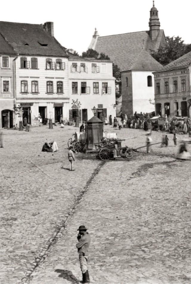 Studnia miejska ok. 1890 ze zbiorów Muzeum Historycznego Krakowa