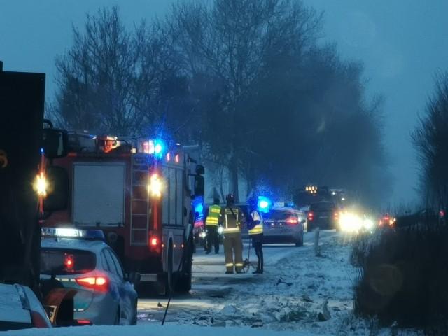 W czwartek rano do groźnego wypadku doszło w okolicach miejscowości Lulewice koło Białogardu.