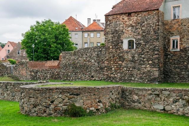 Kożuchów, średniowieczna twierdza w powiecie nowosolskim.