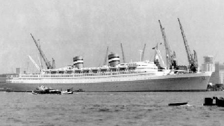 """""""Nieuw Amsterdam""""  swój ostatni rejs zakończył  17 grudnia 1973 roku."""