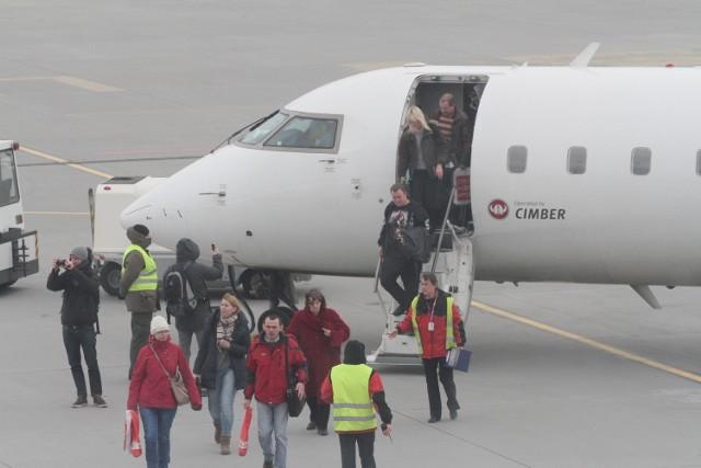 W październiku lotnisko obsłużyło prawie 20 proc. mniej pasażerów niż w październiku ubiegłego roku