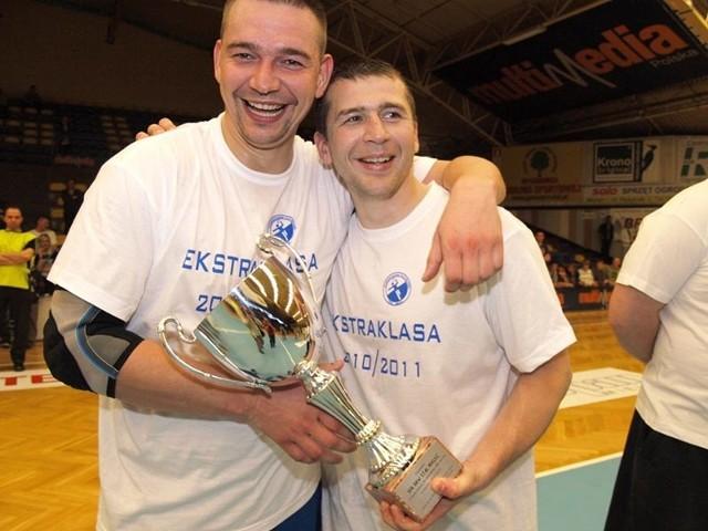 Szczypiorniści Stali Mielec przypieczetowali awans do ekstraklasy wygraną z MTS-em Chrzanów 38:30 (22:12)