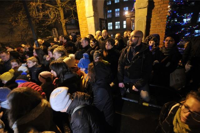 Środowy protest przed Pałacem Młodzieży
