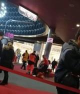 Atak nożownika w Galaxy w Szczecinie. Dwie osoby poszkodowane. Jedna osoba nie żyje [ZDJĘCIA, WIDEO]