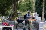 Cmentarze w Zielonej Górze znów otwarte. Od poniedziałku nowe przepisy. Ile osób będzie mogło teraz uczestniczyć w pogrzebie?