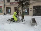 Ulice Lublina trochę mniej kolorowe. Znikają iluminacje bożonarodzeniowe