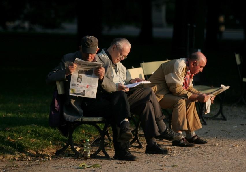 Już teraz w Polsce jest prawie dwa razy więcej osób w wieku...