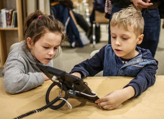 Ciekawe atrakcje zarówno dla najmłodszych, jak i nieco starszych mieszkańców kurortu szykuje nowo otwarta w budynku dworca Sopoteka