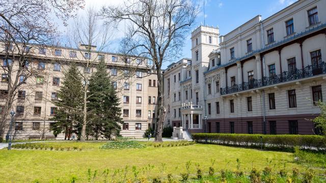 Ogród przy Pałacu Poznańskiego