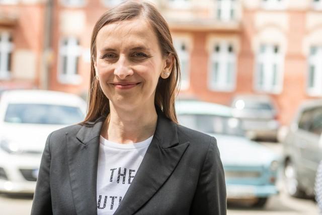 Europosłanka z Wielkopolski, Sylwia Spurek, chce zakazu reklamowania mięsa i nabiału