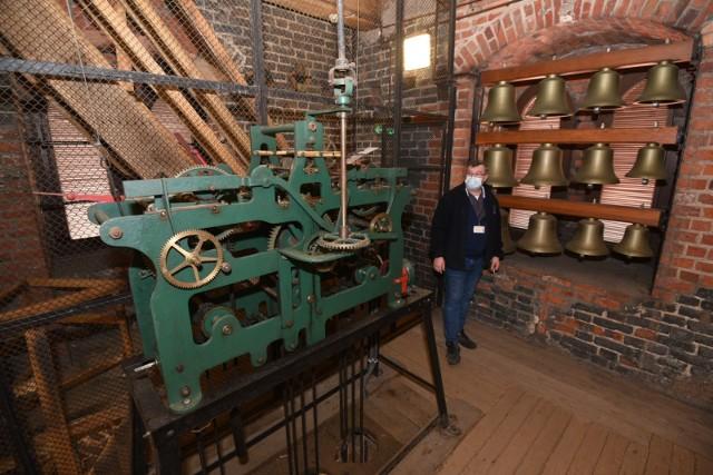 Mechanizm zegara na wieży ratusza