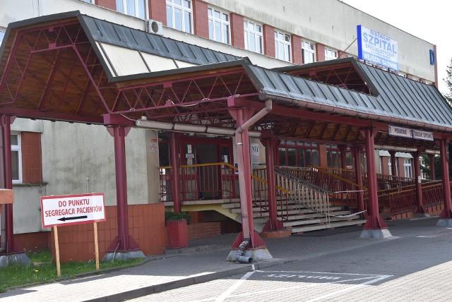 """Raport """"koronawirusowy"""" ze szpitala w Grudziądzu, przeprofilowanego na jednoimienny."""