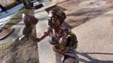 Zielona Góra. Zielbrusia, córka Bachusa, pojawiła się na deptaku w Dzień Kobiet. I już pozostanie z nami na zawsze!